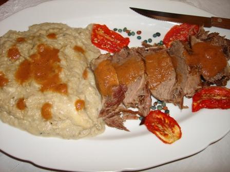 roast meat with hunkar begendi